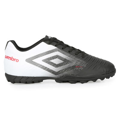 Botines Umbro Fifty III