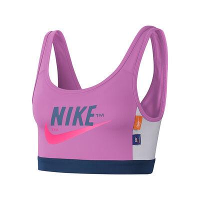 Top Nike Swoosh Icon Clash
